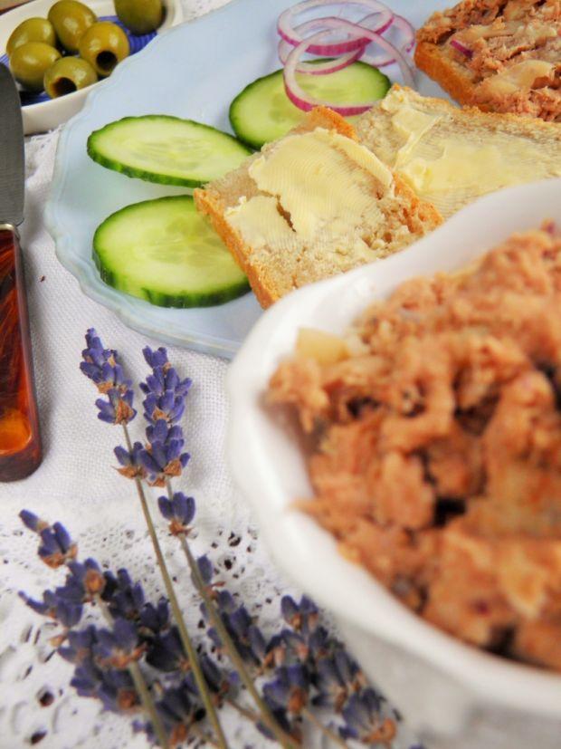 Przepis  pasta z białej fasoli i tuńczyka przepis