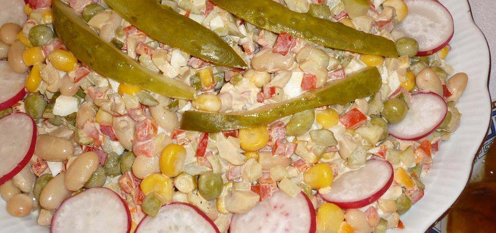 Sałatka z białą fasolą i kukurydzą (autor: lukasz15)