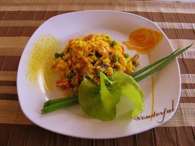Ryżowa wariacja z owocami morza