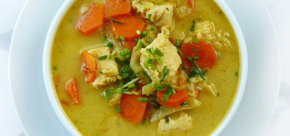 Zupa tajska z kurczakiem i mlekiem kokosowym (autor: ostra