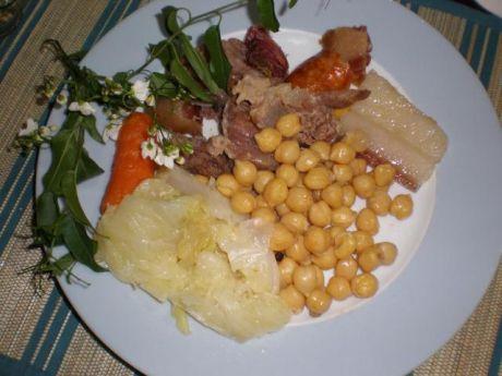 Przepis  groch włoski z warzywami i mięsem przepis
