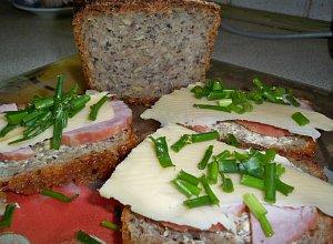 Domowy chleb pszenny  prosty przepis i składniki