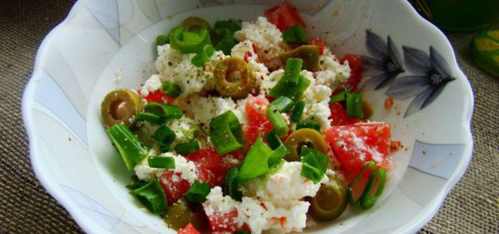 Śniadaniowy twarożek z oliwkami i pomidorem (autor: iwa643 ...