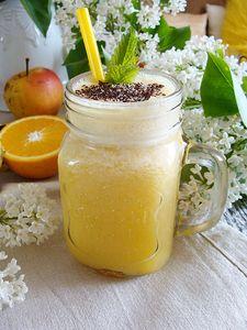 Sok witalność z ananasa i jabłka