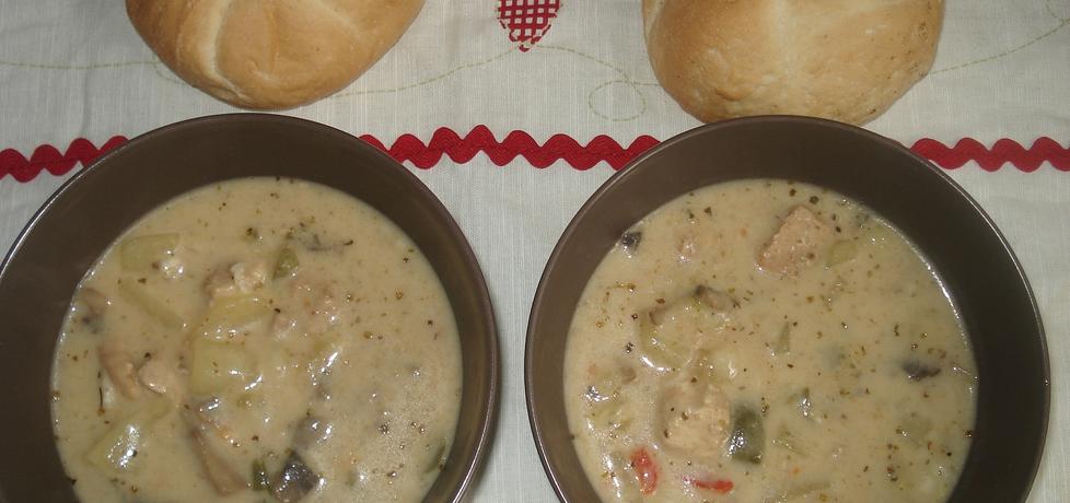 Pożywna zupa z szynką w składzie (autor: norweska20 ...