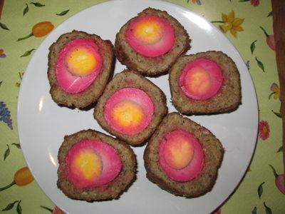 Różowe jajka po szkocku