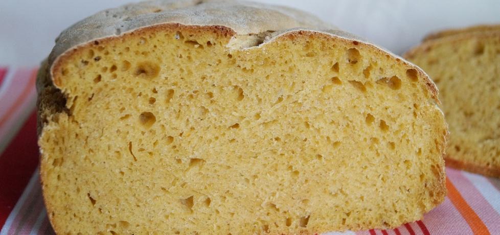 Chleb z dynią i maślanką (autor: alexm)