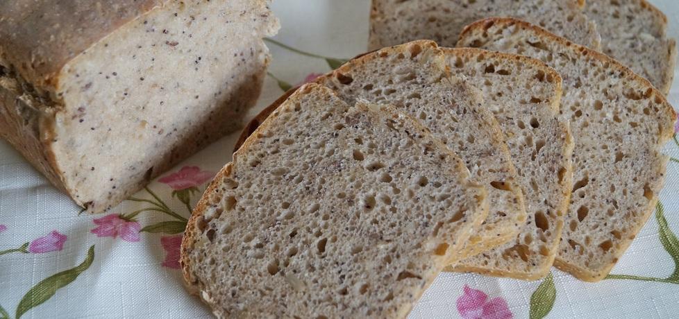 Chleb wieloziarnisty na zakwasie (autor: alexm)