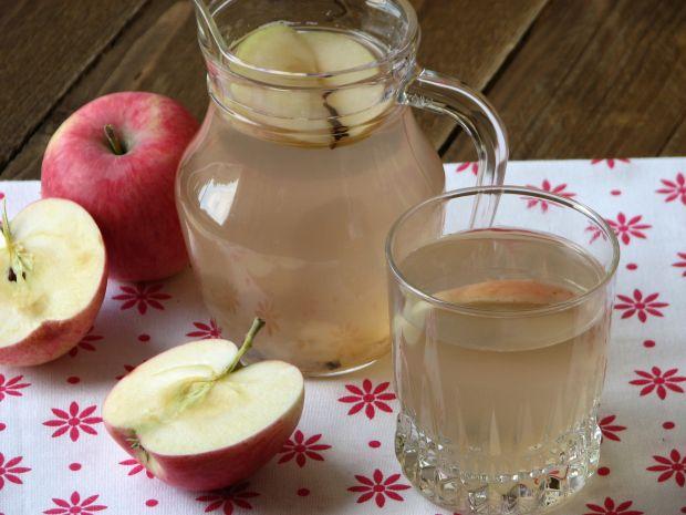 Przepis  kompot jabłek z goździkami przepis