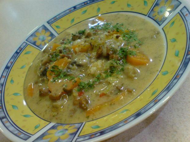 Przepis  maślana zupa pieczarkowo