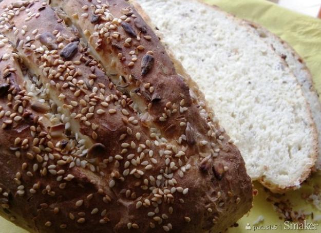 Chleb na kefirze z ziarnami
