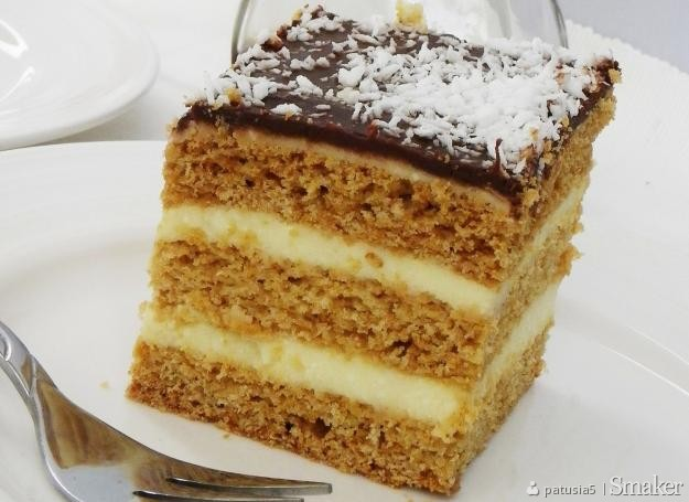 Ciasto miodowe z gotowaną masą serową