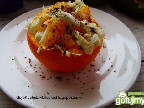 Przepis  sałatka pekińska z pomarańczą przepis