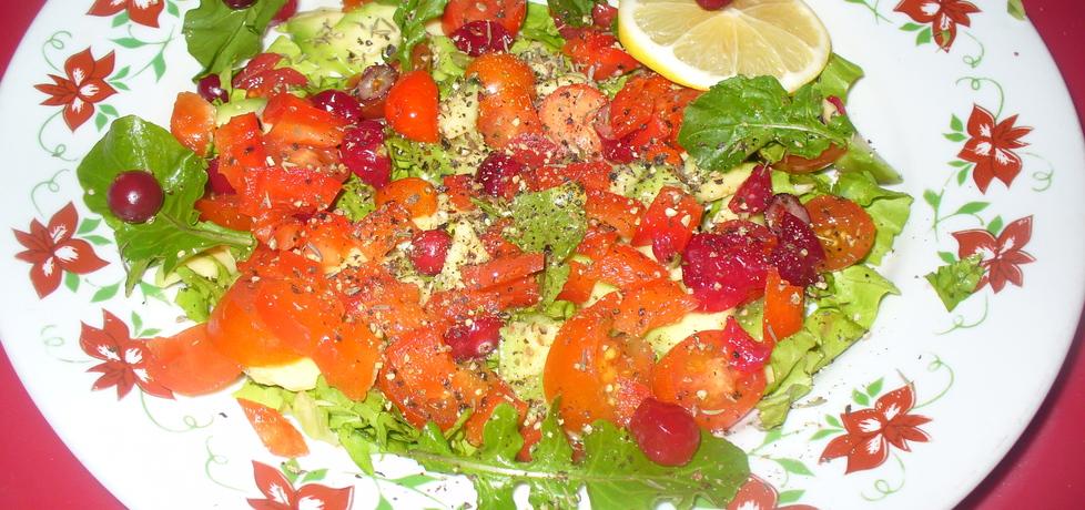 Salatka z żurawiną i pomidorkami koktajlowymi (autor: jagoda5913 ...