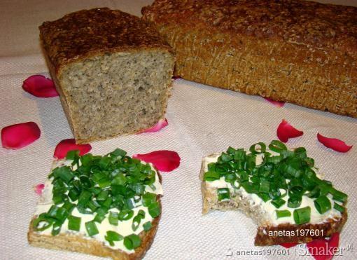 Chleb z pokrzywą