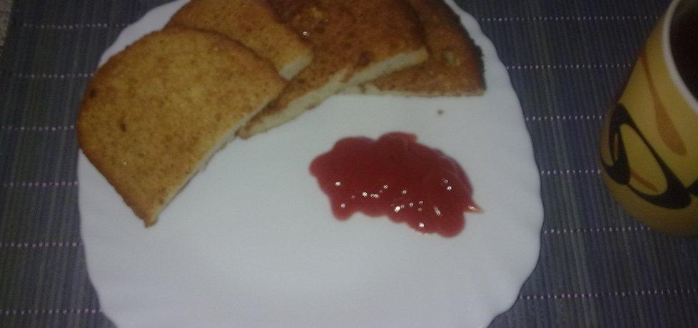 Chlebek smażony o smaku czosnkowym (autor: sylwiamagdasabin ...