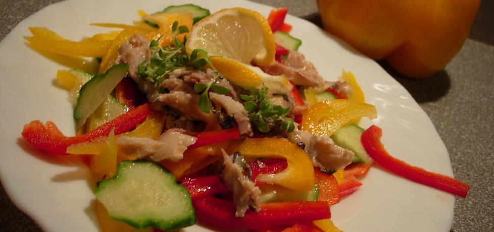 Sałatka z makrelą i rzeżuchą (autor: martynia6)