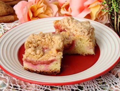 Owocowe ciasto drożdżowe na maślance pod kruszonką ...