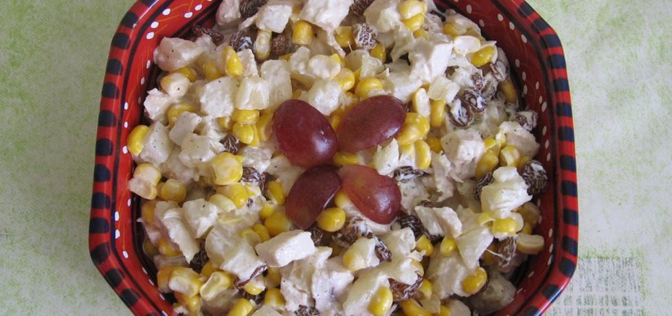 Sałatka z kurczakiem, ananasem i rodzynkami (autor: ania321 ...