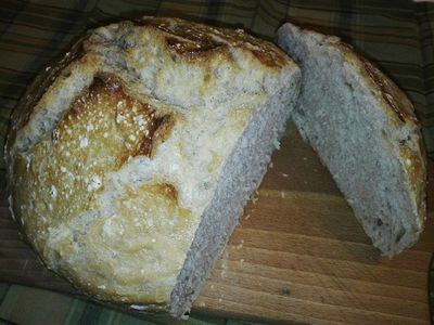 Chleb pieczorny w garnku (z czarnuszką i kminkiem ...