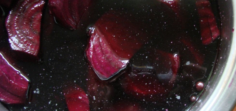 Barszcz czerwony z czarną porzeczką (autor: iwka)
