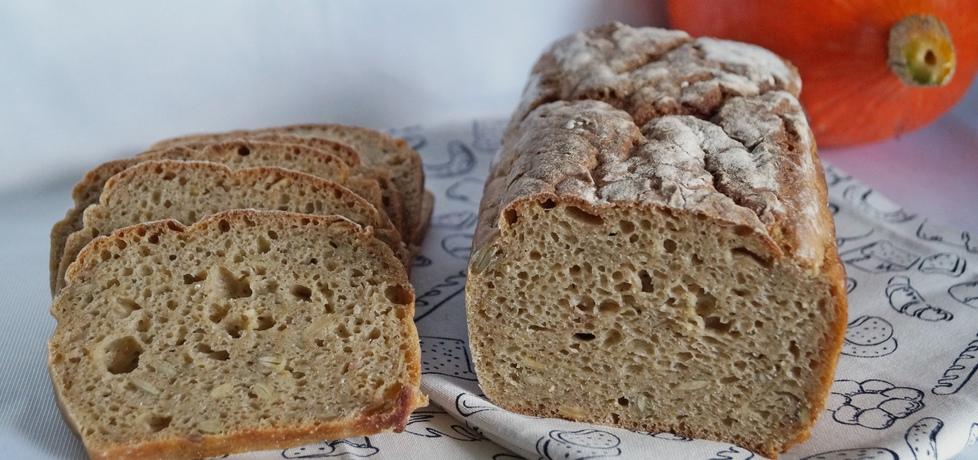 Chleb na zakwasie z dynią i musli (autor: alexm)