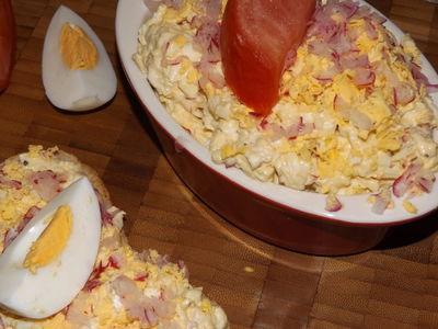 Pasta do kanapek z mozzarellą i jajkami