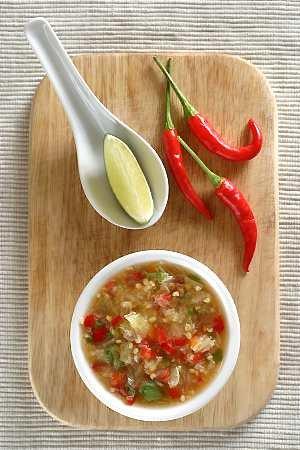 Sos chili po wietnamsku  prosty przepis i składniki