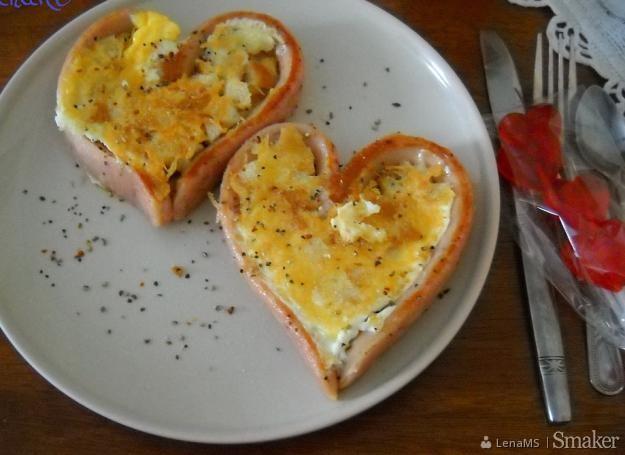 Walentynkowe serca na śniadanie