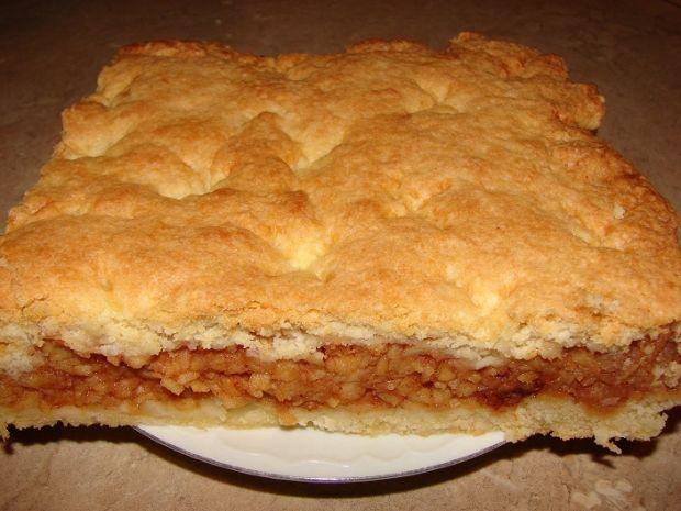 Przepis  kruche ciasto z jabłkami i cynamonem przepis