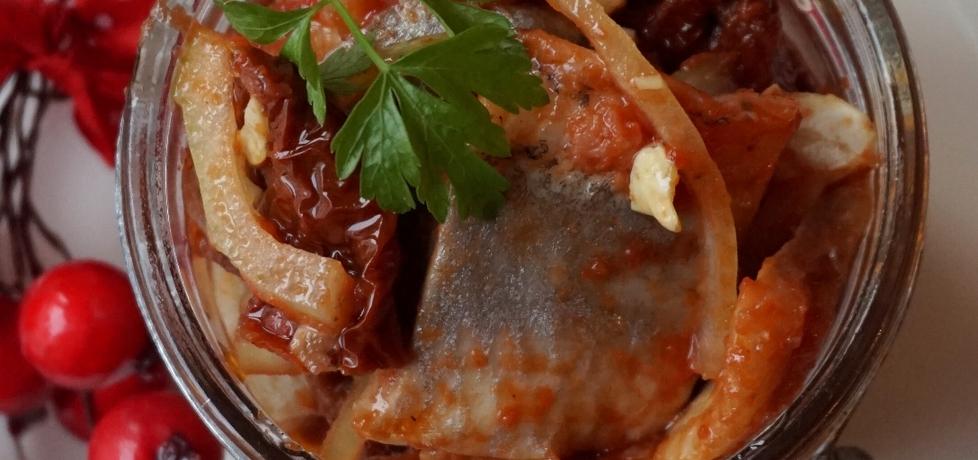 Śledzie z suszonymi pomidorami i orzechami (autor: klorus ...