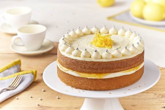 Tort z karmelizowaną cytryną