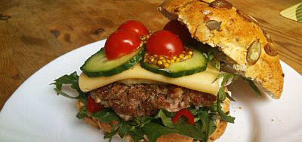 Hh, czyli home hamburger (autor: pajecznik)