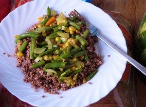 Kasza gryczana z warzywami  prosty przepis i składniki