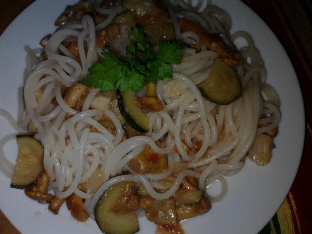 Przepis  spaghetti z kurkami i warzywami zub3r'a przepis