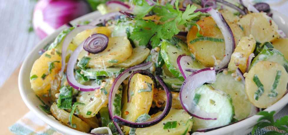 Młode ziemniaki z ogórkiem (autor: jadwigajaga85 ...