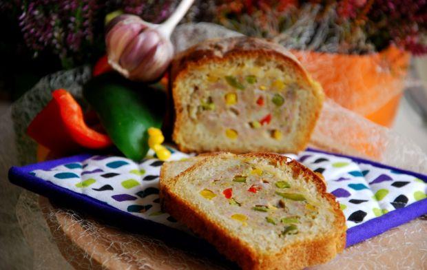 Przepis  pieczeń w chlebie schowana przepis