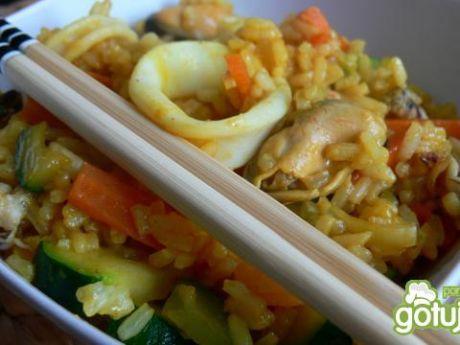 Przepis  ryż z owocami morza przepis