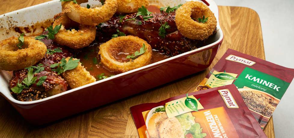 Doradca smaku v: żeberka wieprzowe podane z cebulą i serem ...