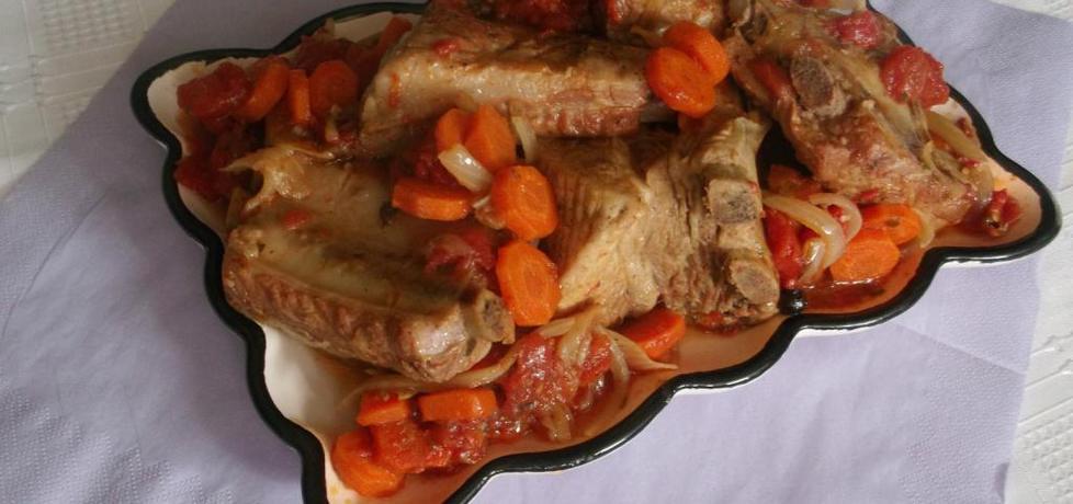 Żeberka duszone z pomidorami i marchewką (autor: bryndzia93 ...