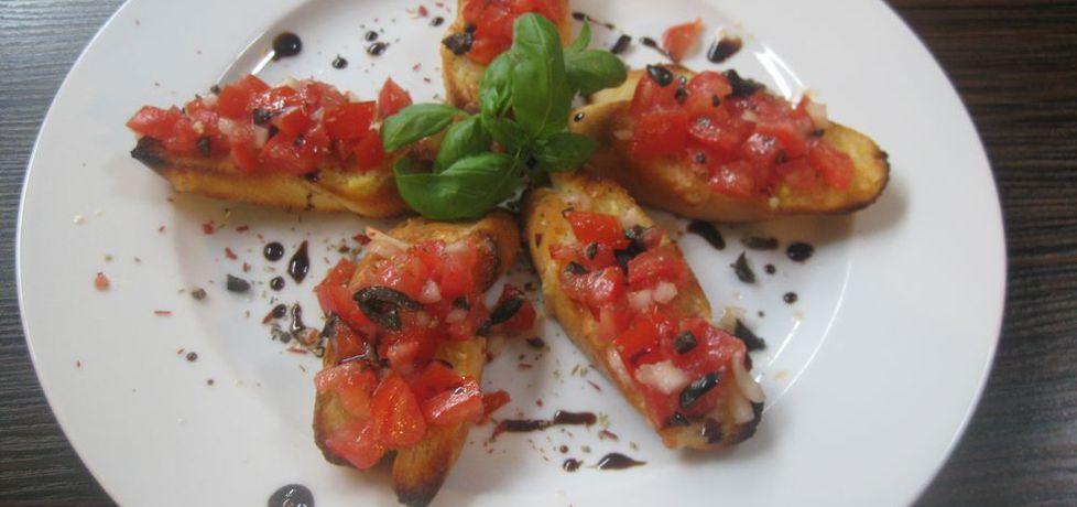 Caprese (pomidory, mozarella, zioła, oliwa z oliwek / pieczywo ...
