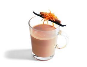 Przepis  herbata z mlekiem i karmelem przepis
