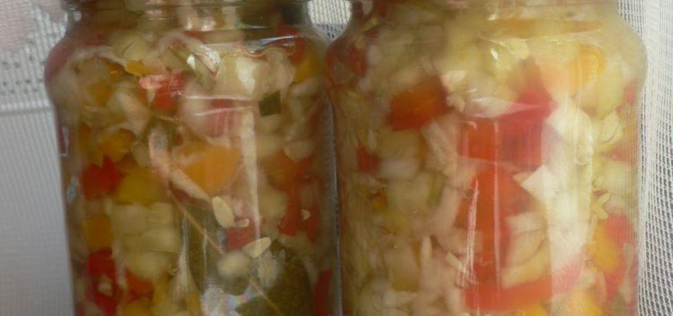 Sałatka na zime warzywna (autor: goofy9)