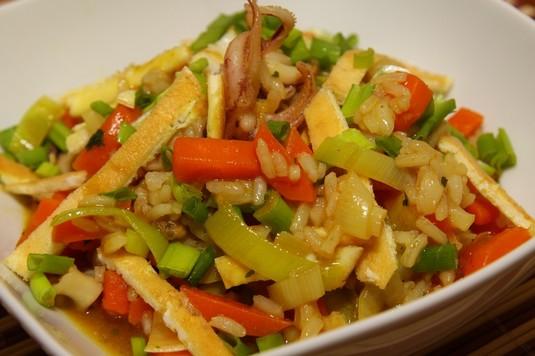 Ryż smażony po chińsku z owocami morza