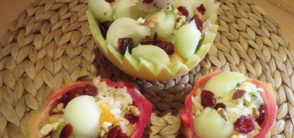 Sałatka owocowa z melonem i owocem pitahaya (autor: magula ...