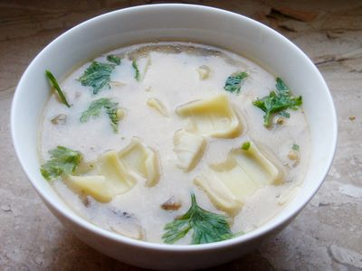 Zupa serowo pieczarkowa z łazankami