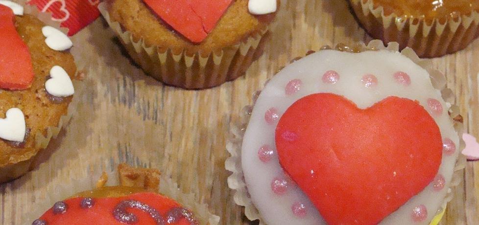 Walentynkowe babeczki (autor: iziona)
