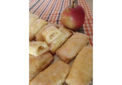 Serowe bułeczki z jabłkiem