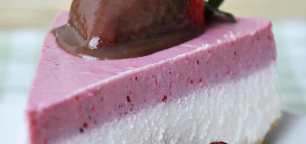 Sernik jogurtowo truskawkowy (autor: paulette17)