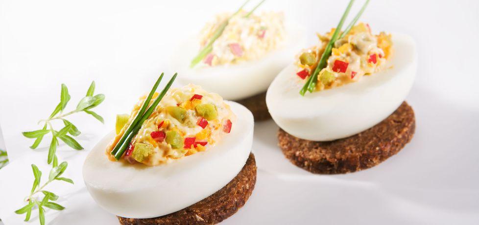 Wielkanoc: faszerowane jajka (autor: doradca